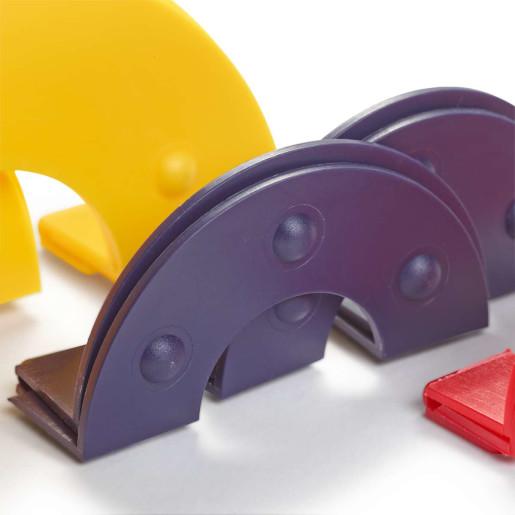 Dispozitiv de confecționat pompoane